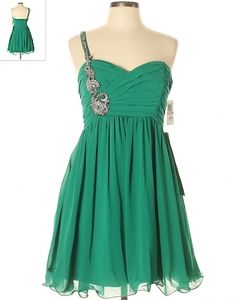 Emerald Green one shoulder strap hoco dress gown